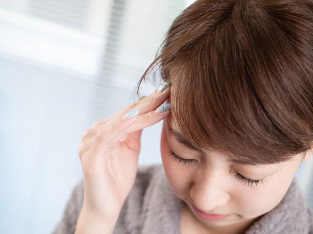 長時間のパソコン作業も頭痛の原因になります